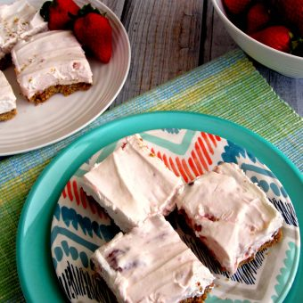 No Bake Strawberry Cheesecake Bars