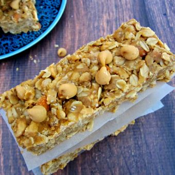 No Bake Peanut Butter Chip Granola Bars