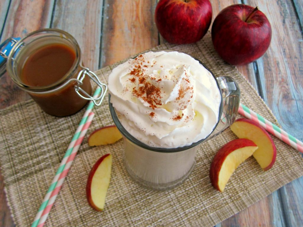 Loaded with creamy, vanilla ice cream, apple chunks, salted caramel sauce, and cinnamon graham crackers, this Caramel Apple Pie Milkshake will remind you of your favorite dessert, in shake form!