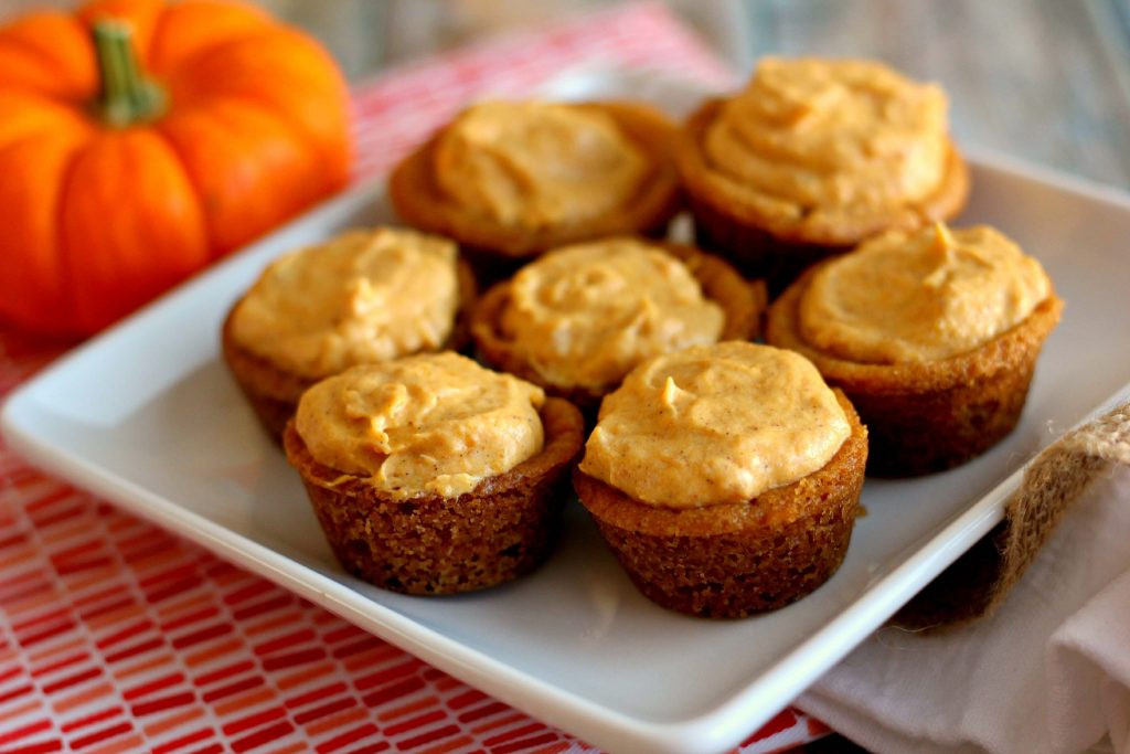 Bite-sized sugar cookies, filled with a fluffy pumpkin mixture and topped with whipped cream creates these tasty Whipped Pumpkin Cookie Cups. #dessert #bitesize #cookiecups #cookie #pumpkin #pumpkinnspice