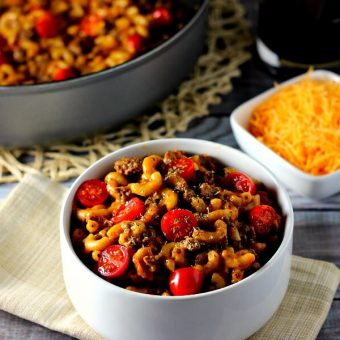 This One Pan Taco Macaroni and Cheese is fresh, full of classic Mexican flavor, and ready in no time!