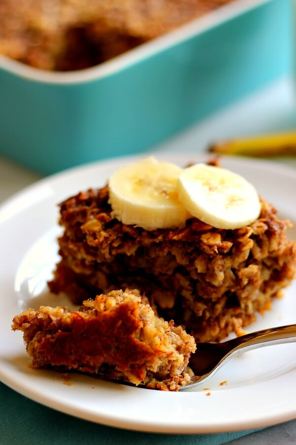 This Baked Banana Bread Oatmeal is filled with hearty oats, sweet bananas, and just the right amount of spices.