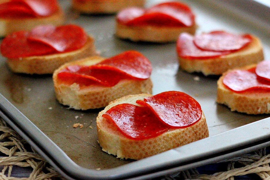 Loaded with pepperoni slices, juicy tomatoes, and fresh basil, this Pepperoni Bruschetta is the perfect appetizer or spring-time snack.