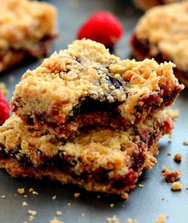 Jam-packed with raspberries, layered on a buttery crust and topped with streusel, these Raspberry Crumble Bars taste like your favorite pie, in bar form!