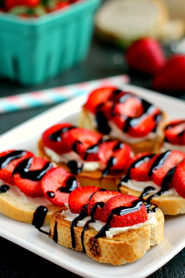 This Strawberry and Brie Crostini contains fresh strawberries, creamy brie, and a drizzle of balsamic glaze, all nestled on top of French bread slices!