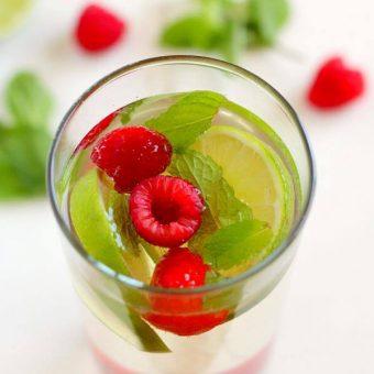 Raspberry Moscato Mojito