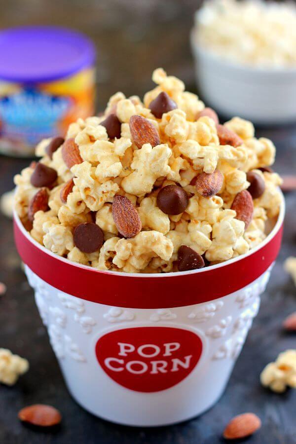 Salted Caramel Peanut Butter Popcorn - Pumpkin 'N Spice