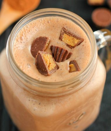 This Chocolate Peanut Butter Cup Smoothie smooth, creamy, and packed with vitamins and nutrition. It's makes a delicious breakfast or mid-morning snack to keep you full and satisfied!