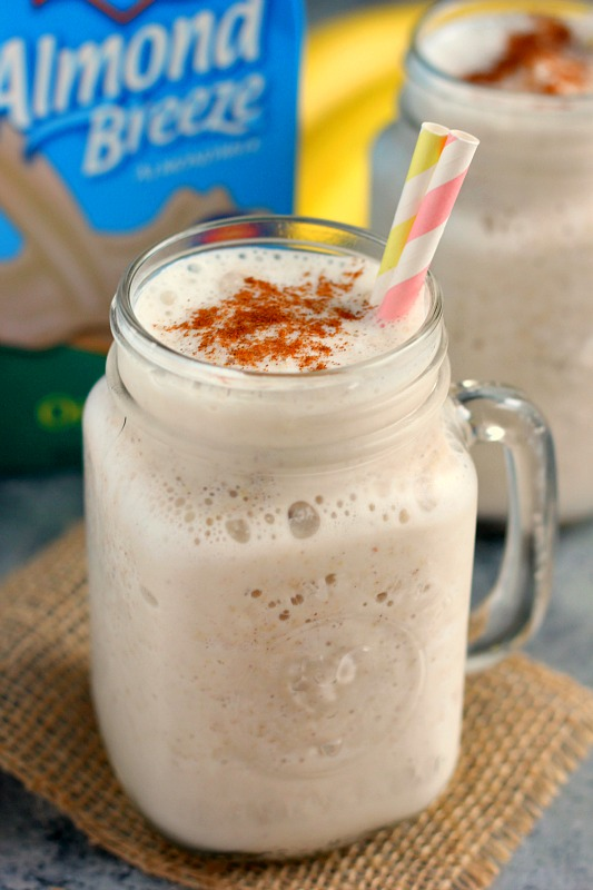 This Banana Bread Smoothie is thick, creamy, and full of nutritious ingredients. It takes just minutes to whip up and tastes like the classic bread, in drink form!
