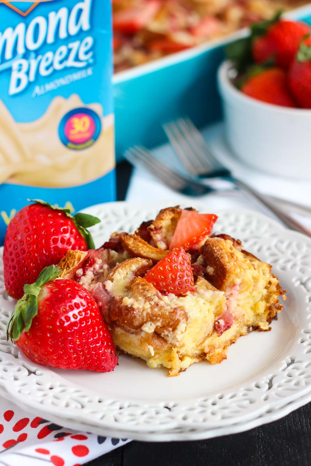 This Strawberries and Cream Croissant Bake is bursting with fresh strawberries, sweetened cream cheese and soft croissants. It's an easy, make-ahead dish that'll be the perfect addition to your breakfast or brunch table!