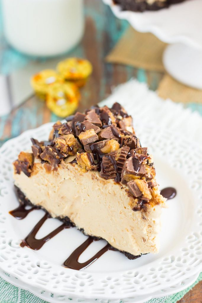 This No-Bake Peanut Butter Cheesecake has an Oreo peanut butter cookie crust, a creamy peanut butter filling, and chopped peanut butter cups on top!
