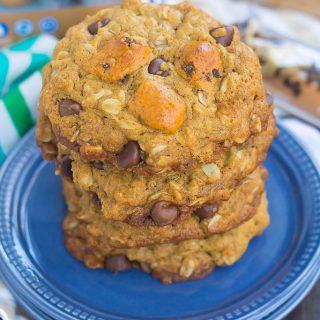 Peanut Butter Chocolate Chip Cookie Dough Breakfast Cookies