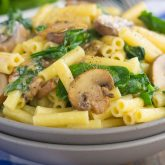 30 Minute Thursday: Garlic Parmesan Pasta with Spinach and Mushrooms