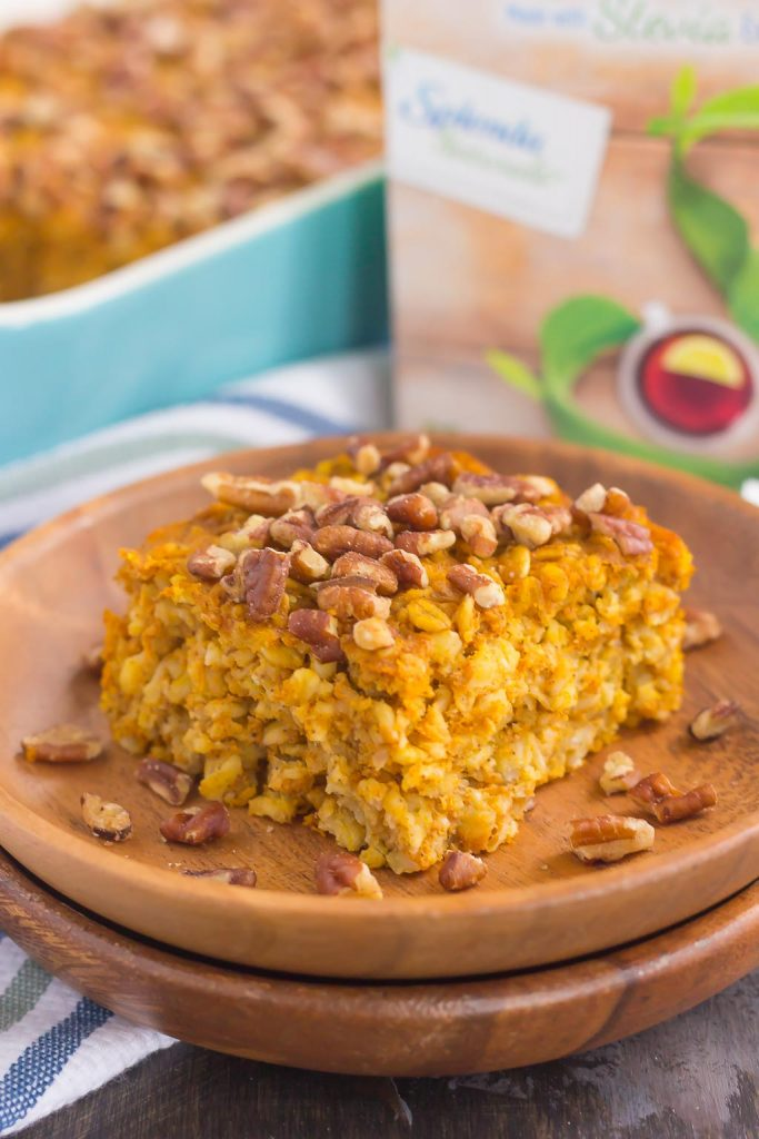 This Pumpkin Pie Baked Oatmeal is bursting with oats, sweet pumpkin, and cozy fall spices. Hearty, healthy and perfect for oatmeal lovers, this easy breakfast captures the flavors of the season!