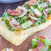 30 Minute Thursday: Arugula and Prosciutto Puff Pastry Pizza