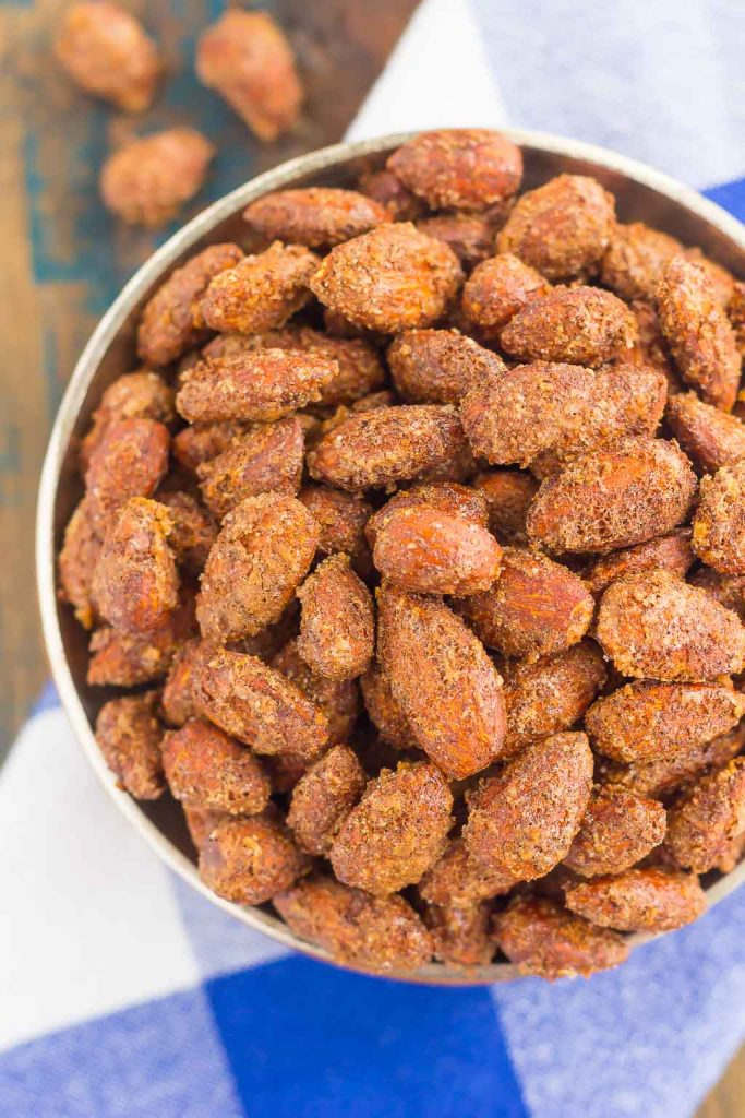 These Roasted Cinnamon and Nutmeg Almonds are filled with sweet flavors that pack an irresistible taste. Crunchy, sweet, and a good-for-you snack, these almonds are perfect for mid-morning or late night munchies!