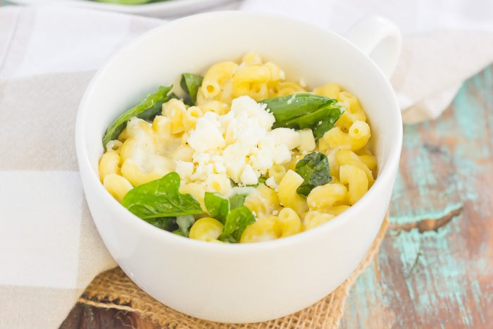 Microwave Mug Spinach and Feta Macaroni and Cheese