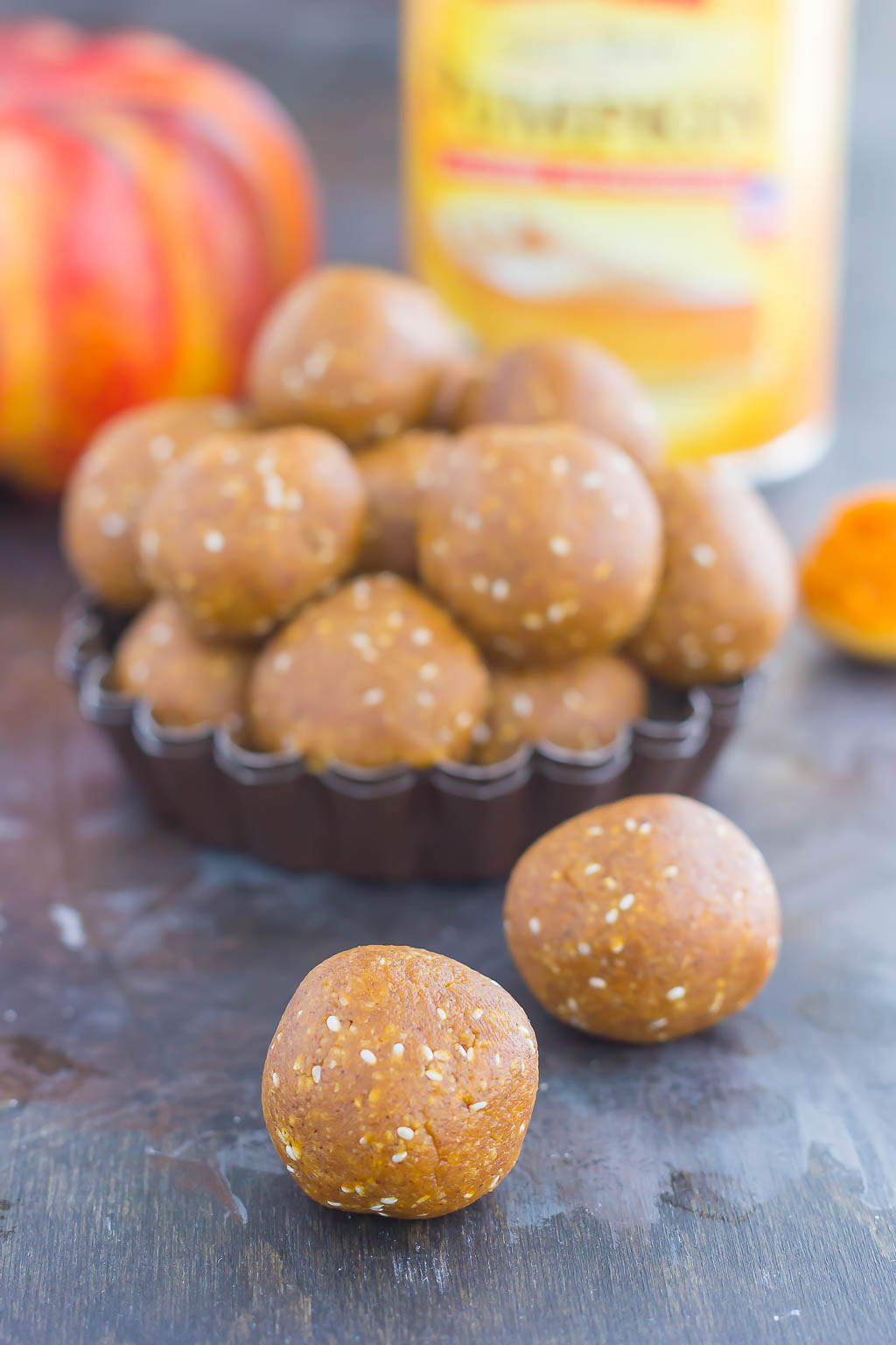 These Pumpkin Pie Bites taste just like the classic dessert, but in mini form, and without all of the prep work. Filled with ground oats, pumpkin puree, honey, and spices, these healthier bites are the perfect treat for fall!