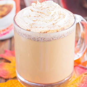 This Cinnamon Maple Latte is filled with cozy fall flavors and is perfect to enjoy during the season. Packed with hints of maple, cinnamon and nutmeg, this homemade latte was made for coffee lovers everywhere!