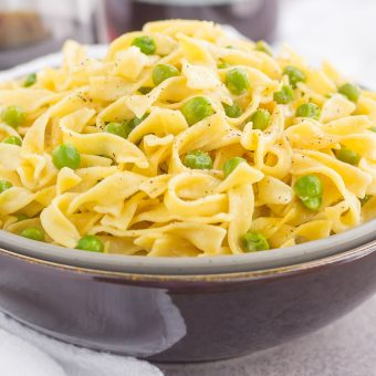 Creamy Skillet Noodles with Peas