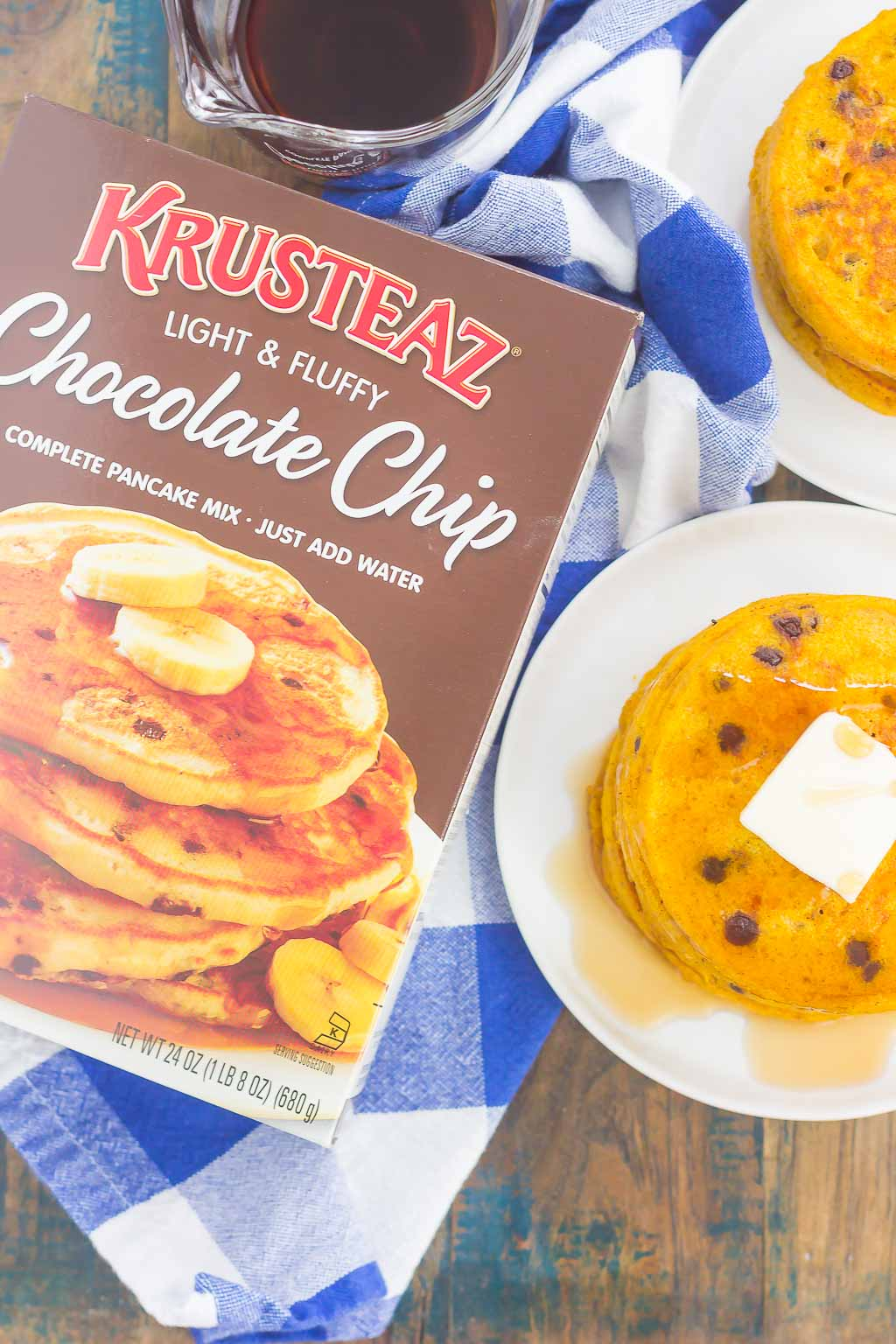These Pumpkin Chocolate Chip Pancakes make a deliciously cozy breakfast for fall. Filled with sweet pumpkin and bursting with chocolate chips, these simple pancakes are soft, fluffy and so easy to make!