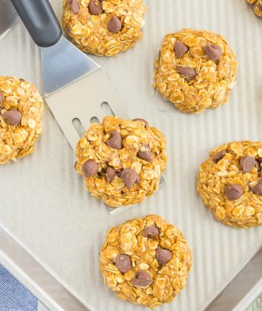 No Bake Almond Butter Oatmeal Cookies are soft, chewy and made with just five ingredients. Loaded with flavor and ready in no time, everyone will love the delicious taste of this easy treat!