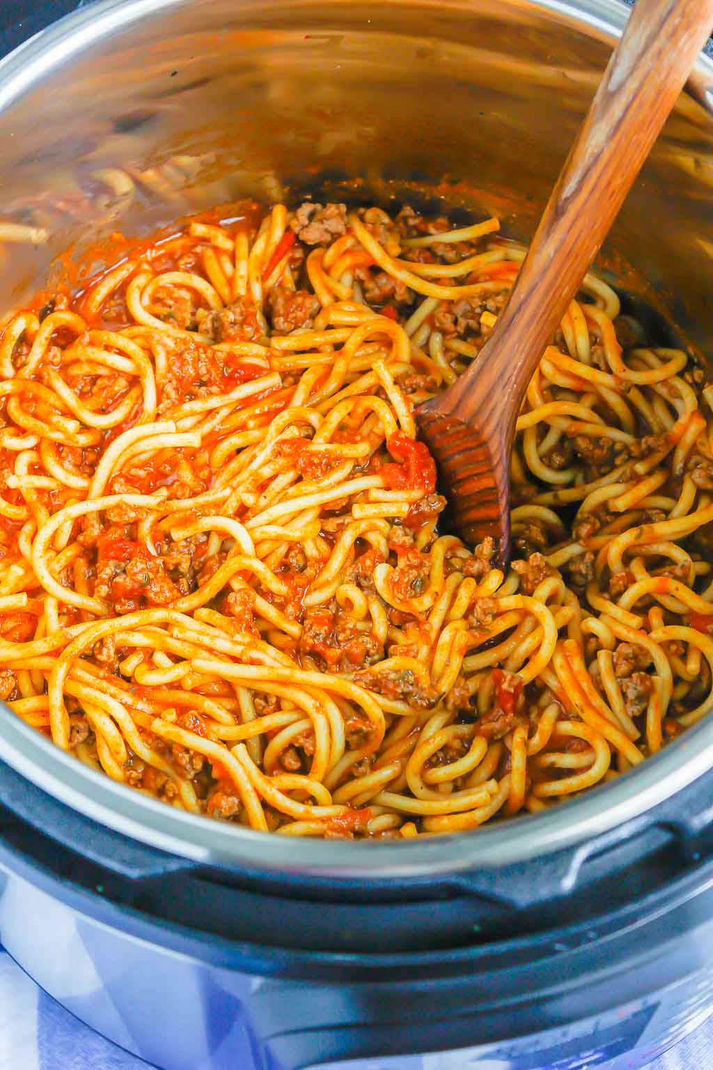 instant pot spaghetti with meat sauce  pumpkin 'n spice