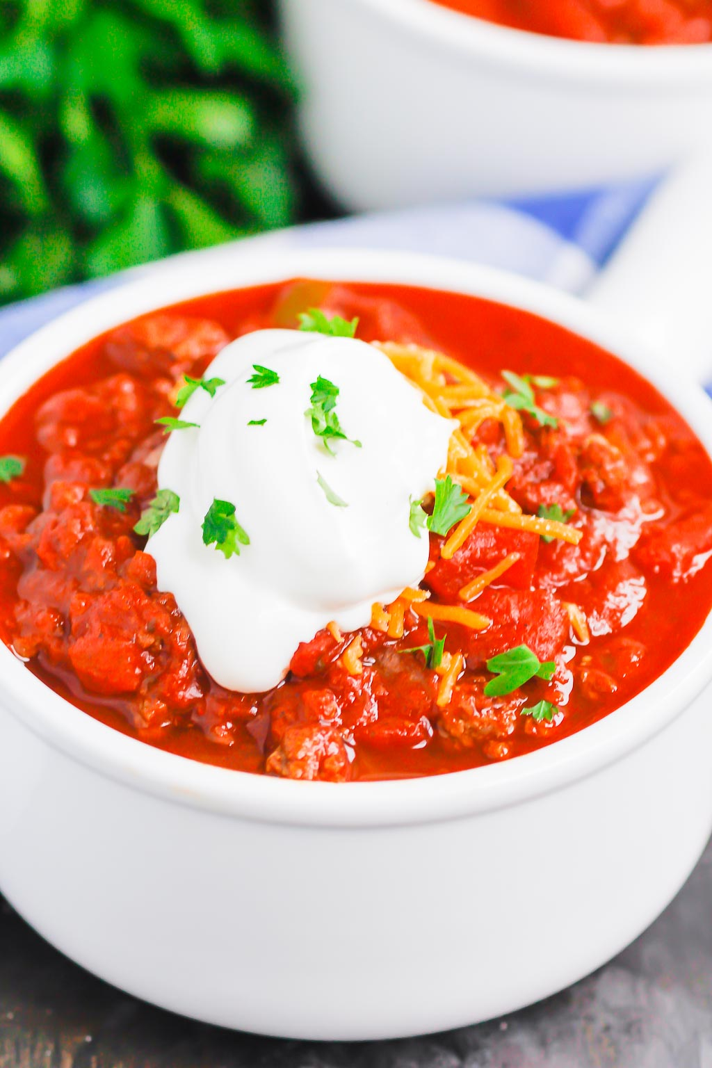 Instant Pot No Bean Chili is a simple, hearty meal that's ready in no time. Made with two types of ground beef and loaded with flavor, you'll never miss the beans in this cozy dish! #chili #nobeanchili #chilinobeans #instantpot #instantpotchili #Instantpotnobeanchili #dinner #comfortfood